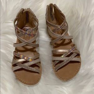 3/$15 🎉 Sandals size 8 toddler